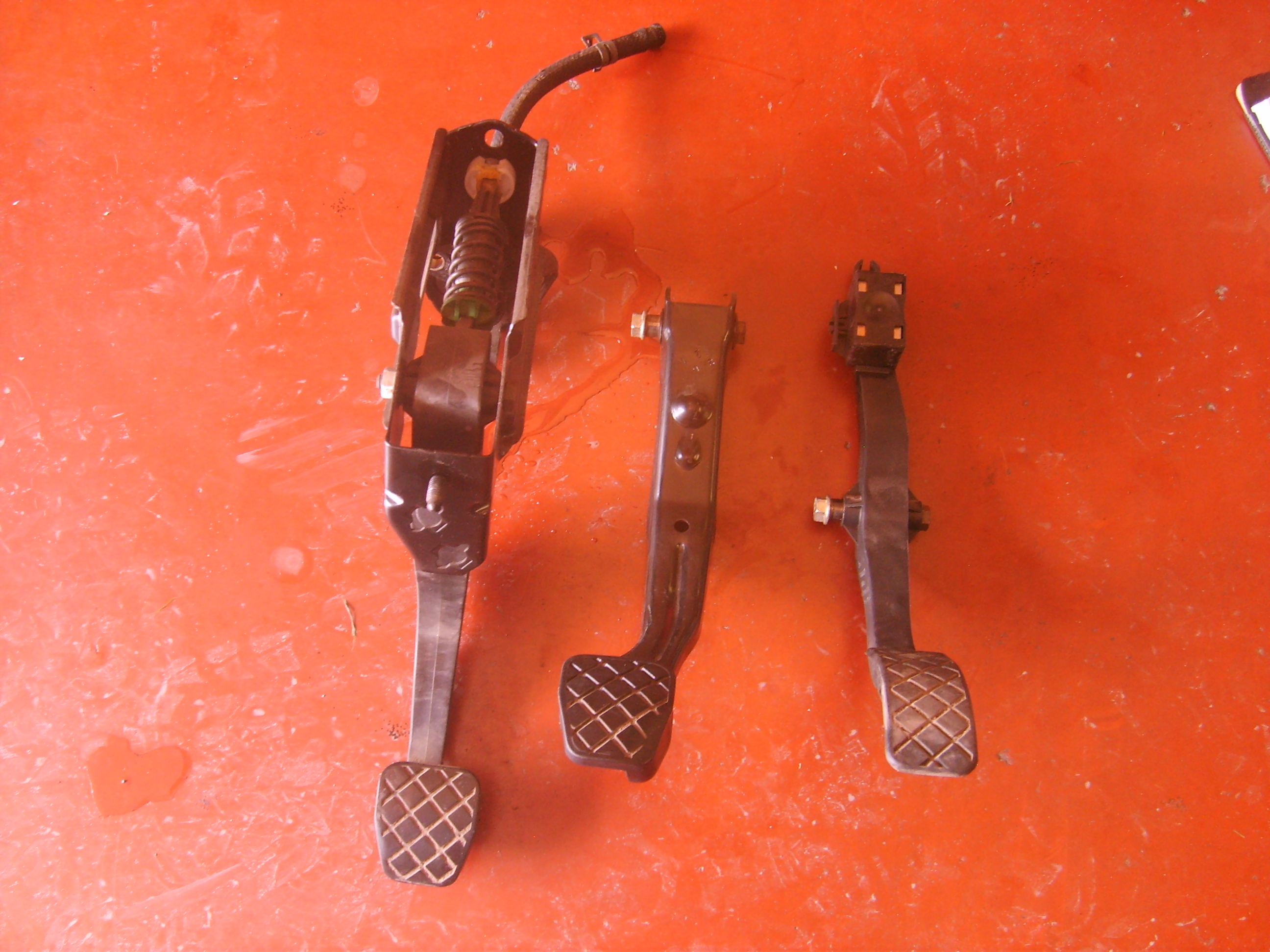 100€ Volkswagen Golf 4 pedalen set. TOP DEAL!!