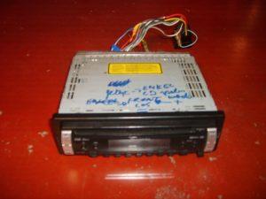 autoradio radio pioneer eeq 45x x4 DEH 1800R enkel tuner defect cd is ok zonder slede me bekabeling