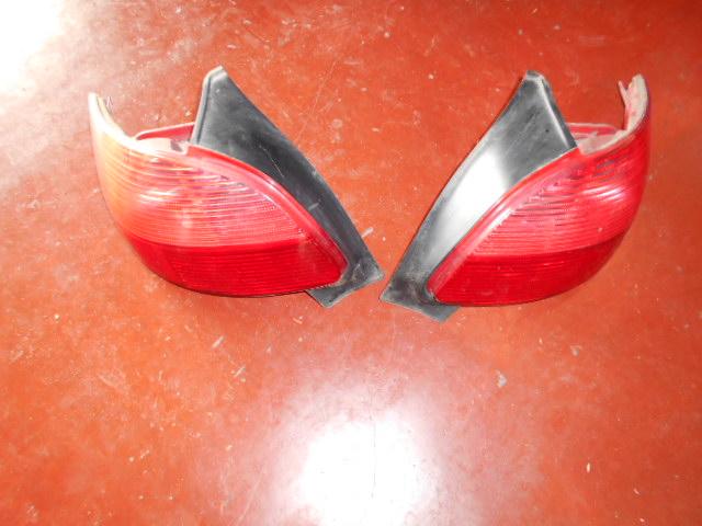62.95€ Peugeot 206 achterlichten