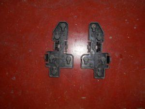 opel corsa b binnenwerk chokees lamphouder van de achterste lichten yorka 5016 en 5017.