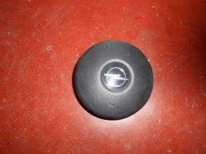 opel corsa b tromperknop claxon drukknop 90425832