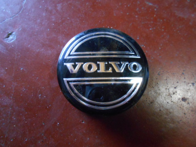 10€ Volvo V50 wheel cap