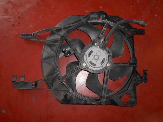 50€ Opel Vivaro A 1.9: koel ventilator
