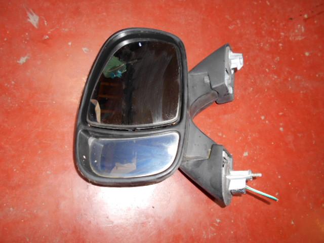50€ Opel Vivaro A spiegel links elektrisch